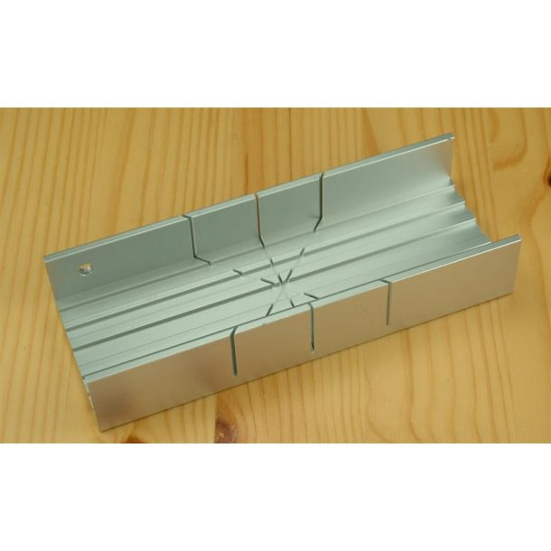 Zona Aluminium Mitre Box